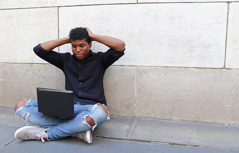 A photo of a teenager representing How to Help Teenagers Transition to Virtual Learning During COVID-19