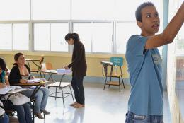 Proyecto METAS participant in a classroom